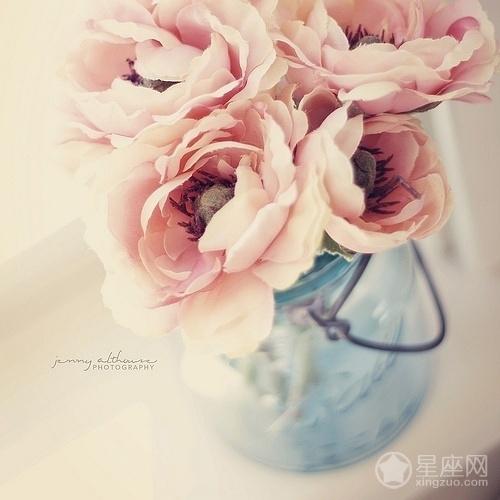卧室花瓶摆放的风水