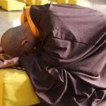 佛说众生平等为什么还要行跪拜之礼?